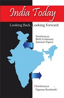 India Today Looking Back Looking Forward by C.Sambi Reddy and R.Arun Kumar